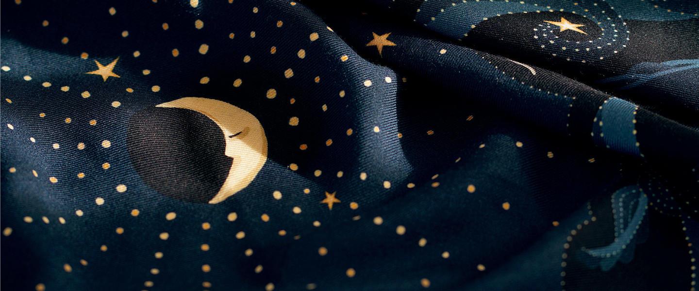 le-chale-bleu-moon-wool-and-silk-shawl-zoom